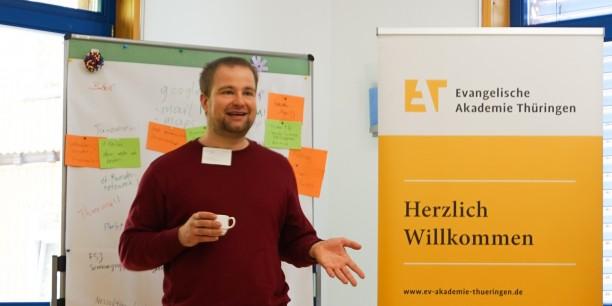 Journalist Stefan Mey erklärte technische Hintergründe, kriminielle Abgründe und zivilgesellschaftliche Vorteile des Darknet. Foto: © EAT