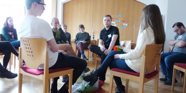 Gemeinsamer Austausch im Rahmen eines Councils – einer Zusammenkunft. Foto: © EAT