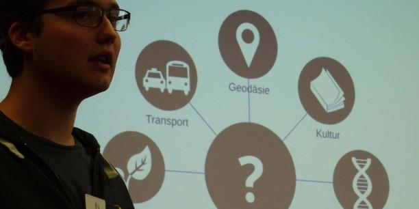 In Workshops wurden konkrete Ideen entwickelt, um ein jugendgerechteres Netz zu erreichen. Einen zum Thema Open Data gestaltete u.a. Sebastian Schröder von der Open Knowledge Foundation. Foto: et