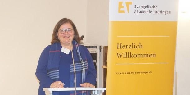 Die Historikerin Dr. Silke Fehlemann sprach über ein bisher wenig beachtetes Themenfeld: Schriftstellerinnen und die Kriegserfahrungen von Frauen. Foto: ©EAT