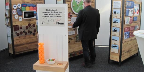 Die Voting-Station zum Thema Fleischpreise: ein klares Bekenntnis zum Tierwohl. Foto: © EAT