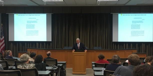 Prof. Dr. Michale Haspel bei seinem Festvortrag an der Universität Tulane, New Orleans, Luisana. © Tulane-University