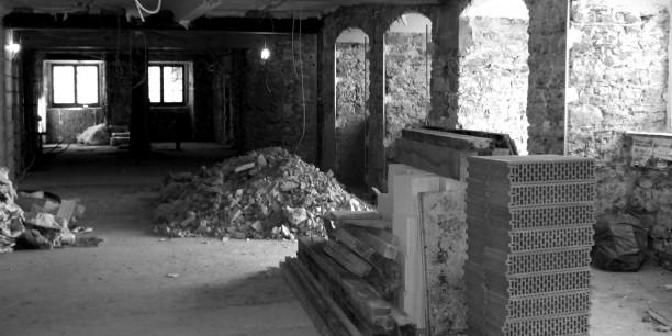 2007 wurde das Zinzendorfhaus umfassend saniert. Hier sieht man die Sanierungsarbeiten am Speiseraum.
