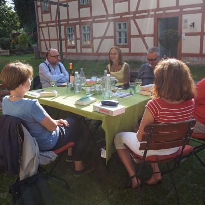 Beim Literarischen Garten kommen Bücherfans zu Wort. Foto: © Zubarik/EAT