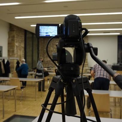Einige unserer Veranstaltungen können per Live-Stream mitverfolgt werden, z.B. die Podiumsdiskussion zur Corona-Krise. Foto: © Wuttke/EAT