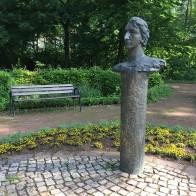 Heinrich-Heine-Denkmal im Kurpark Heiligenstadt. Foto: ©Holger Lemme/EAT